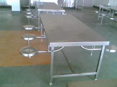 S S DINING TABLE